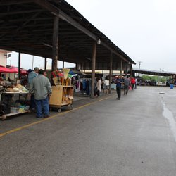 Mi Mercado Flea Market and Ballroom - 19 Photos - Flea