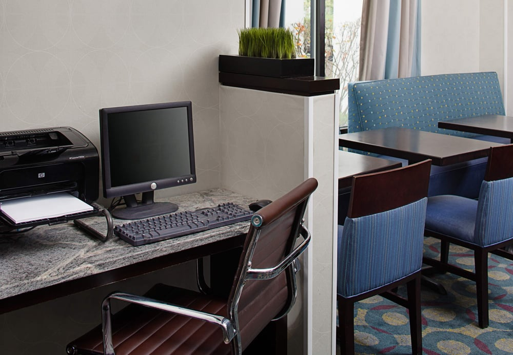 Residence Inn Nashua: 25 Trafalgar Square, Nashua, NH