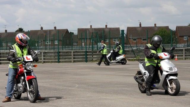 Ridesafe Professional Motorcycle Training | Unit 17 Meadowbank Road, Carrickfergus BT38 8YF | +44 7865 392512