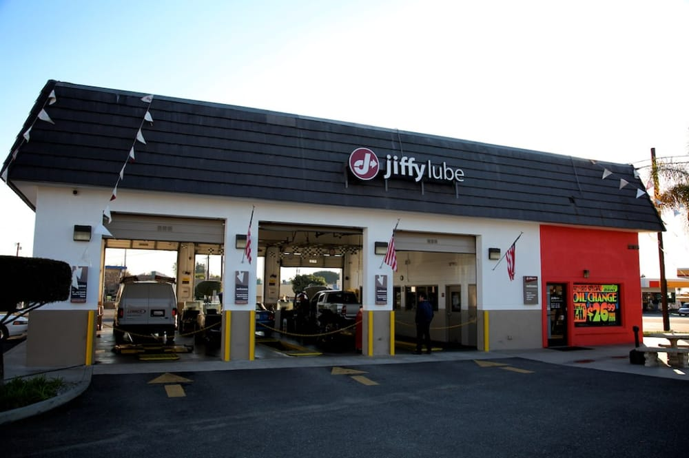 find a jiffy lube location near you For more information, visit loweredlate.ml Jiffy Lube®, the pioneer of the oil change industry, delivers experience in vehicle maintenance.