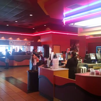 Regal Cinemas Kiln Creek 20 20 Reviews Cinemas 100 Regal Way Newport News Va United