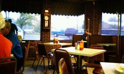 Second Street Lunch: 22 E 2nd St, Roanoke Rapids, NC