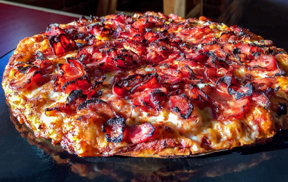 Abby's Legendary Pizza: 1235 SW Hwy 97, Madras, OR