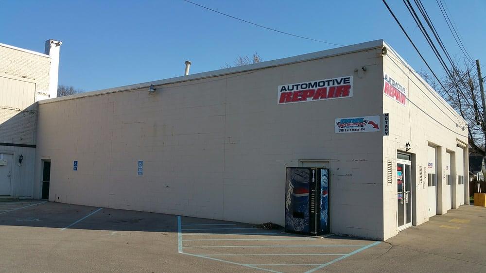 Davis Racing: 213 N Washington, Morristown, IN