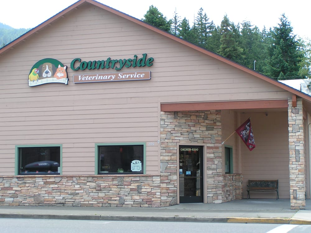 Countryside Veterinary Service: 204 S Main St, Canyonville, OR