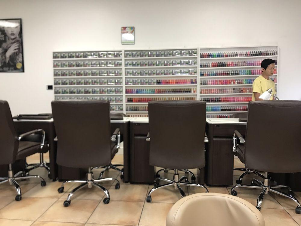 Health T Nails: 4914 Fruitville Rd, Sarasota, FL