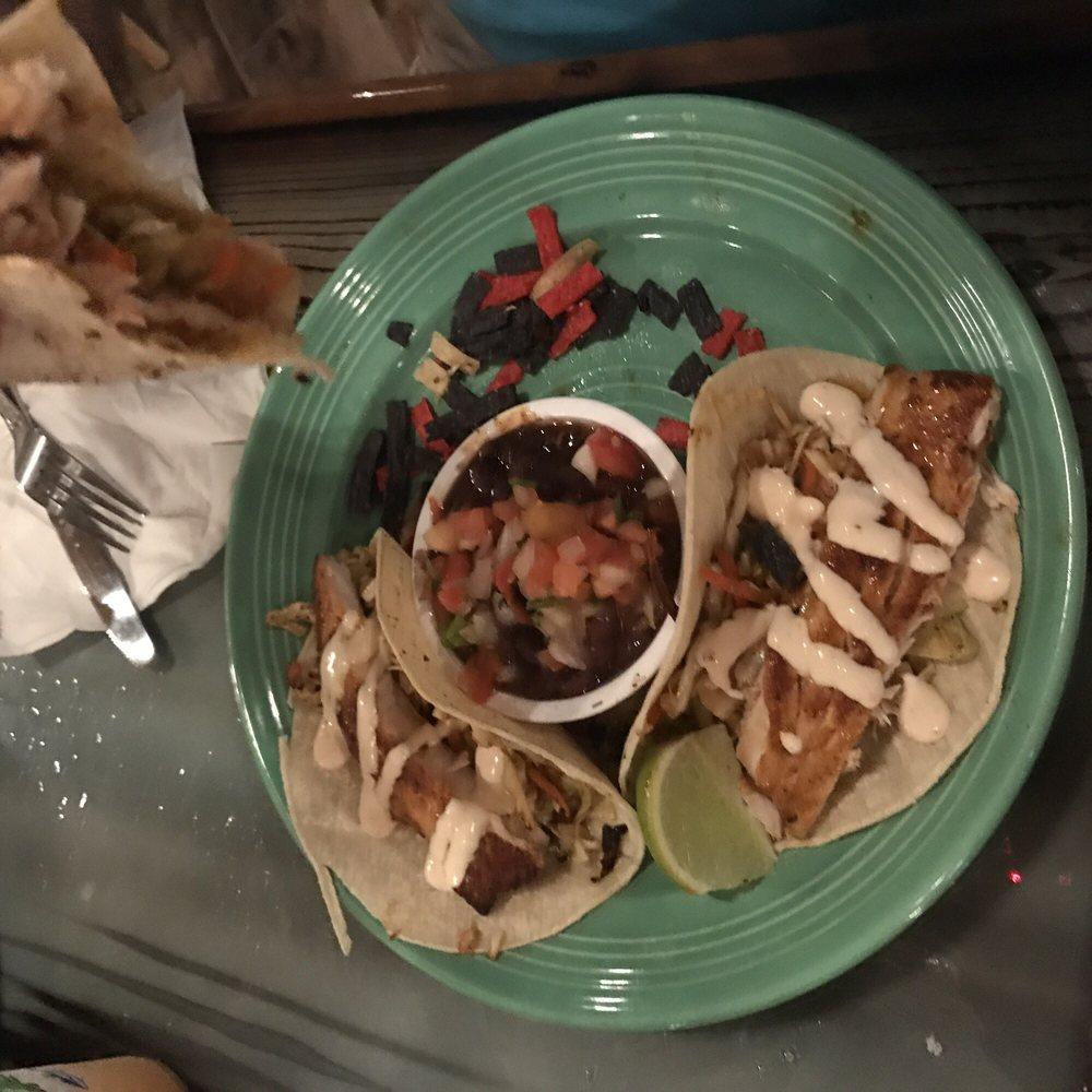 Grills Lakeside Seafood Deck & Tiki Bar