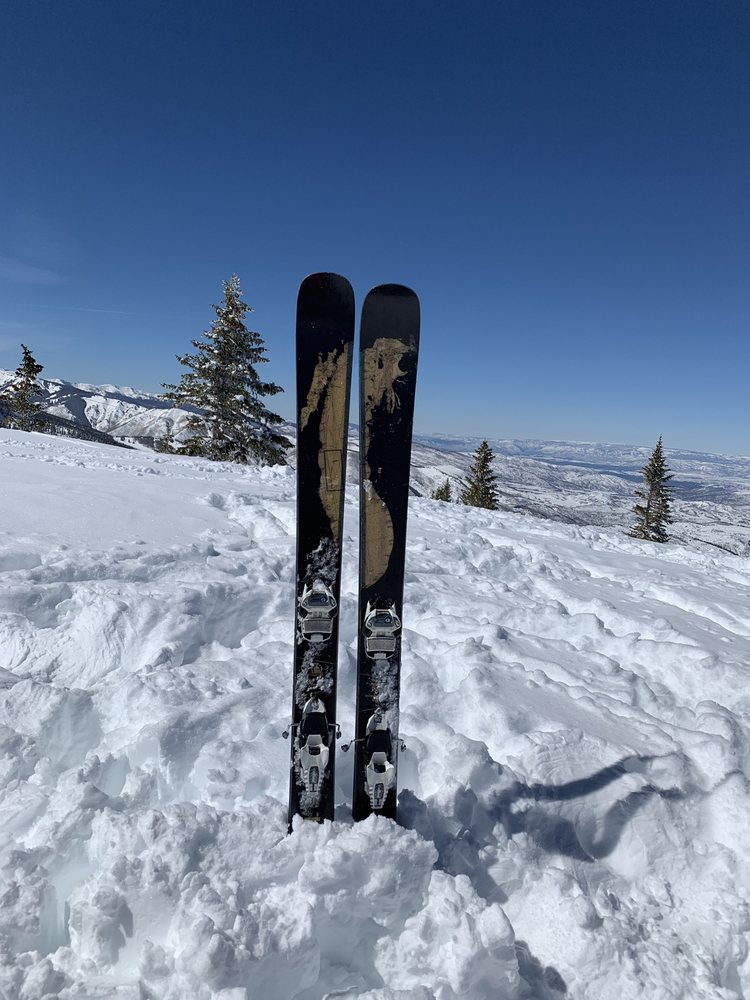 Shaggy's Copper Country Skis: 444 Boyne Ave, Boyne City, MI