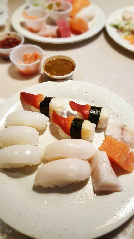 Osaka Buffet: 3901 41st Ave Dr, Moline, IL