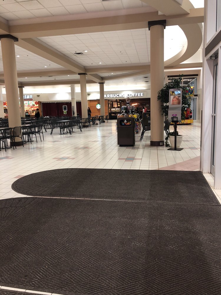 Rushmore Mall: 2200 N Maple Ave, Rapid City, SD
