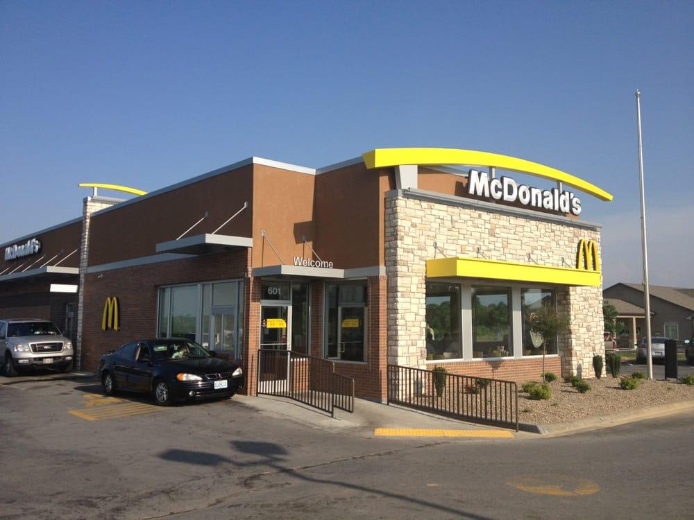 McDonald's: 601 N Hwy 23, Knob Noster, MO