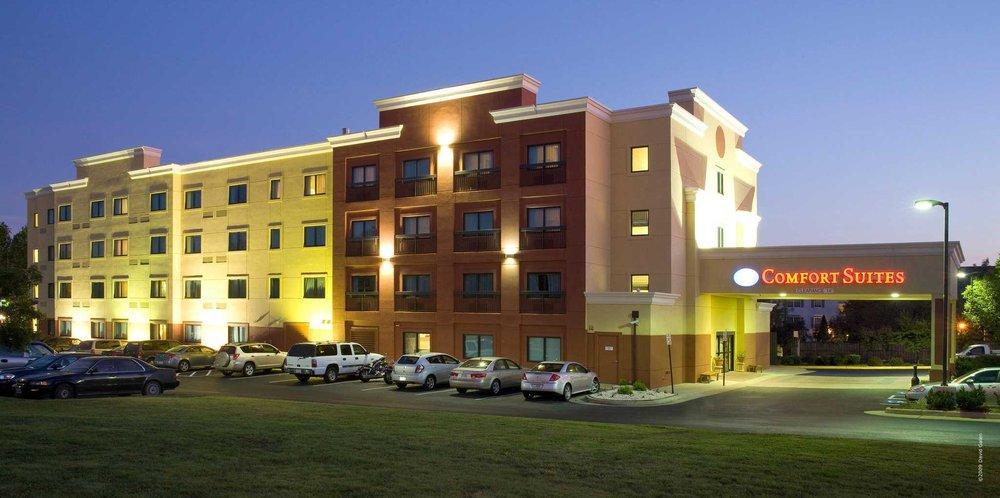 Comfort Suites: 80 Prosperity Ave, Leesburg, VA