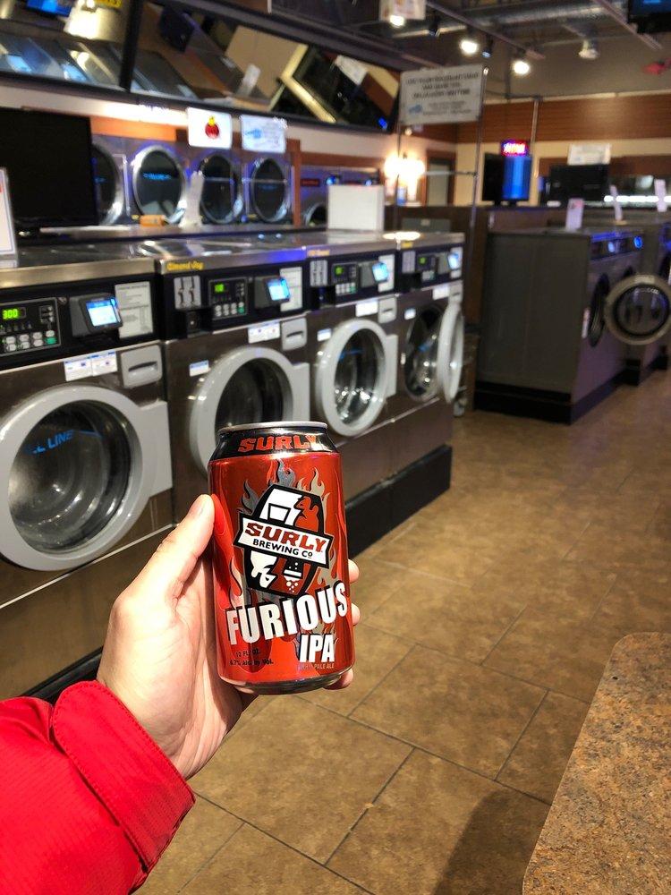 Laundry Max: 2152 Hoffman Rd, Mankato, MN