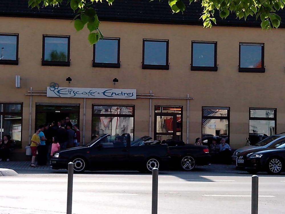 Eiscafe Endres - Eisdiele & Frozen Yogurt - Marktplatz 2 ...
