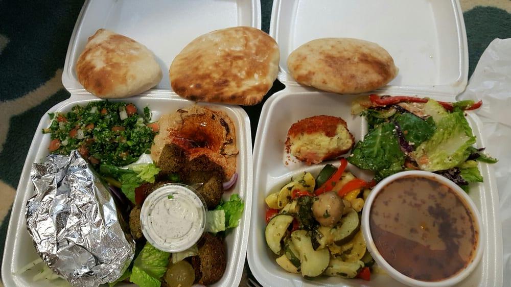 Tabouli hummus falafel salad gyro meat lebanese mashed for Aladdin mediterranean cuisine houston tx
