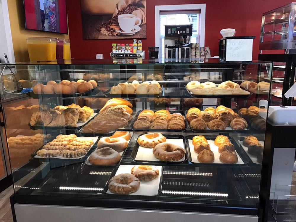 Main Street Cafe: 103 Main St, Hackettstown, NJ