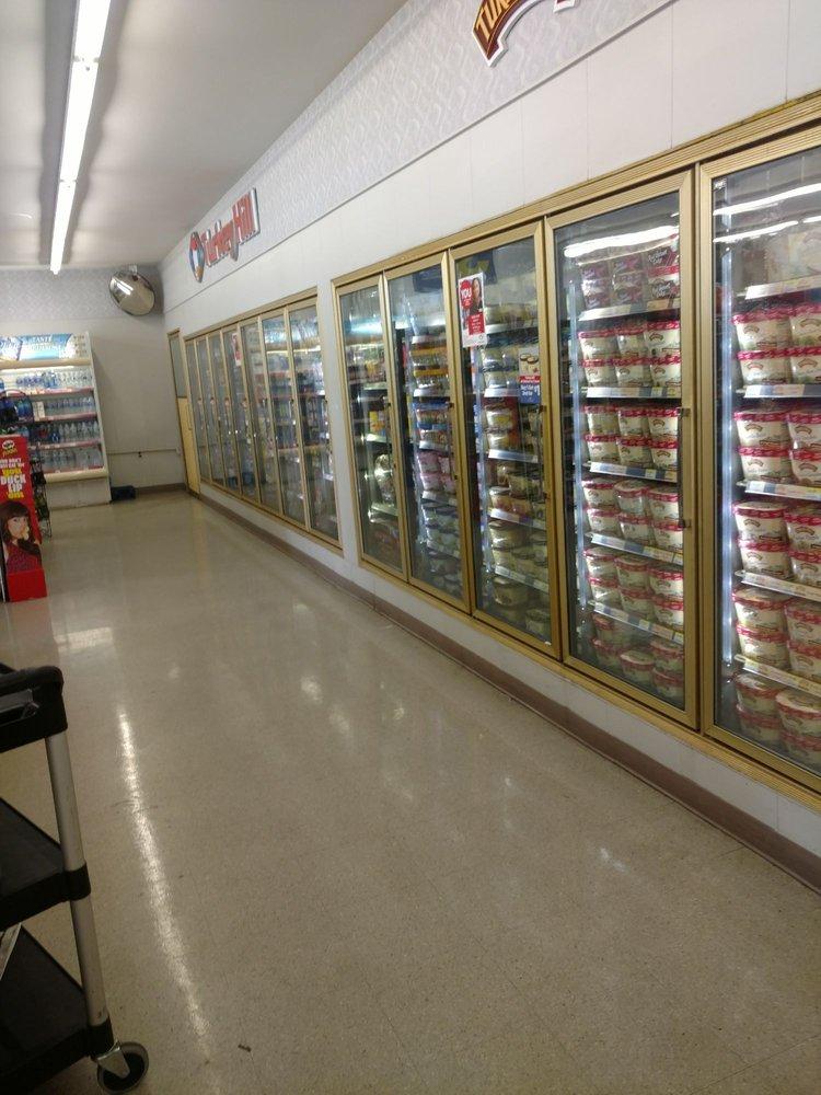 Turkey Hill Minit Market: 106 S 7th St, Akron, PA