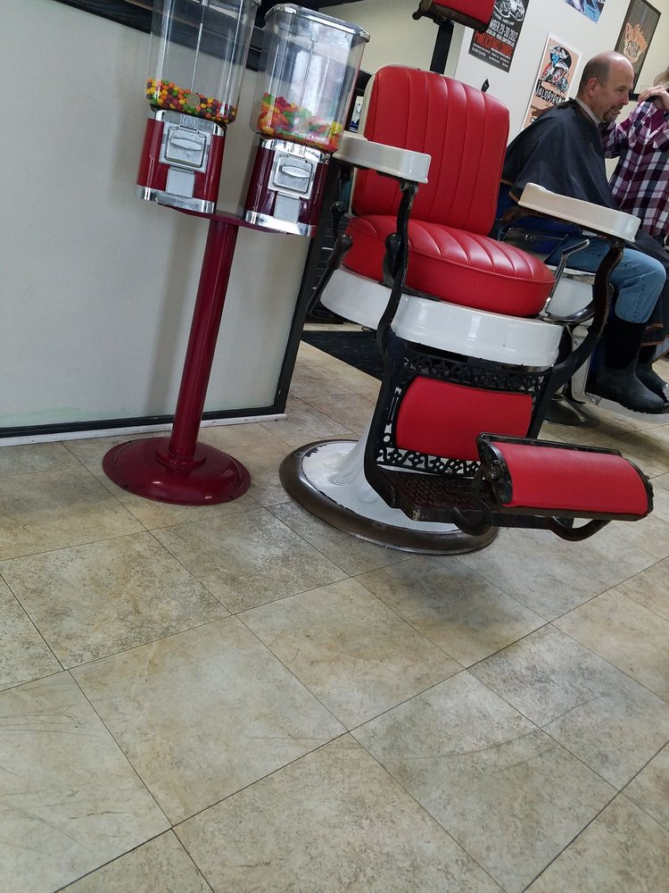 The Polar Bear Den Barber Shop: 47 S Baltimore St, Dillsburg, PA
