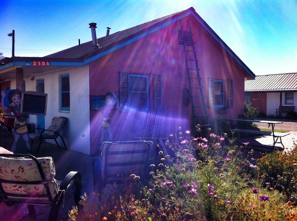 Cimarron Inn & RV Park: 212 10th St, Cimarron, NM