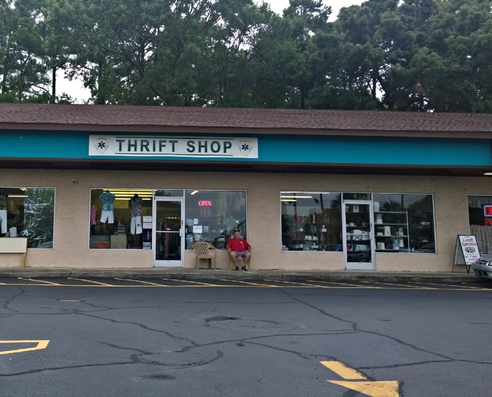 Calabash Volunteer Ems Thrift Store: 10136 Beach Dr SW, Calabash, NC