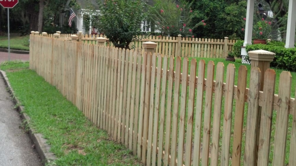 4 Foot Tall Picket Fence With Optional Post Caps