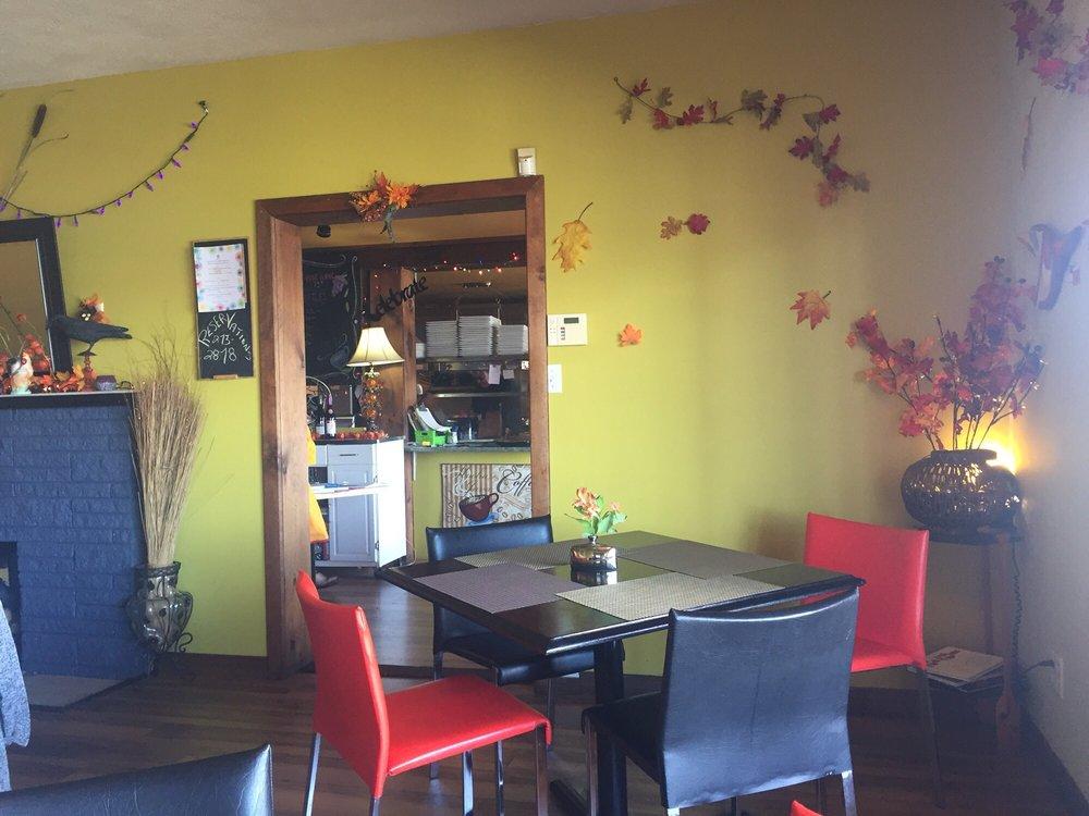 878 Waterfront Bistro & Café: 878 Main Street, Perth-Andover, NB