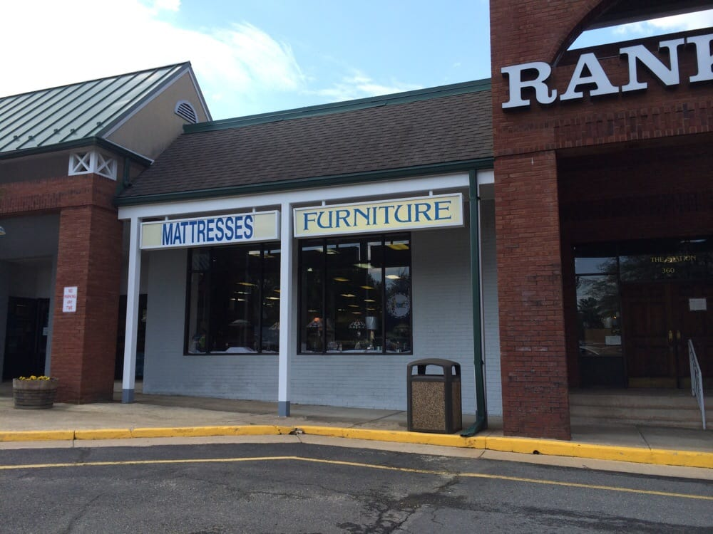 Rankin's Furniture: 360 Waterloo St, Warrenton, VA
