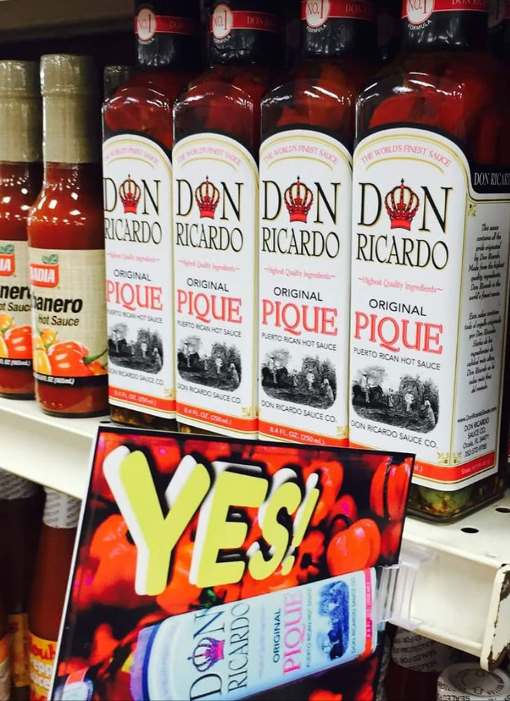 Supermercado Grande: Dorado Del Mar Shopping Center, Dorado, PR