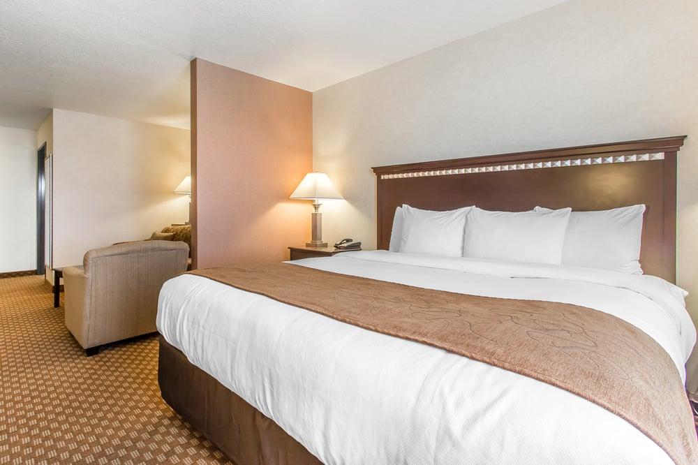 Comfort Suites: 210 Harvey Way, Hopkinsville, KY