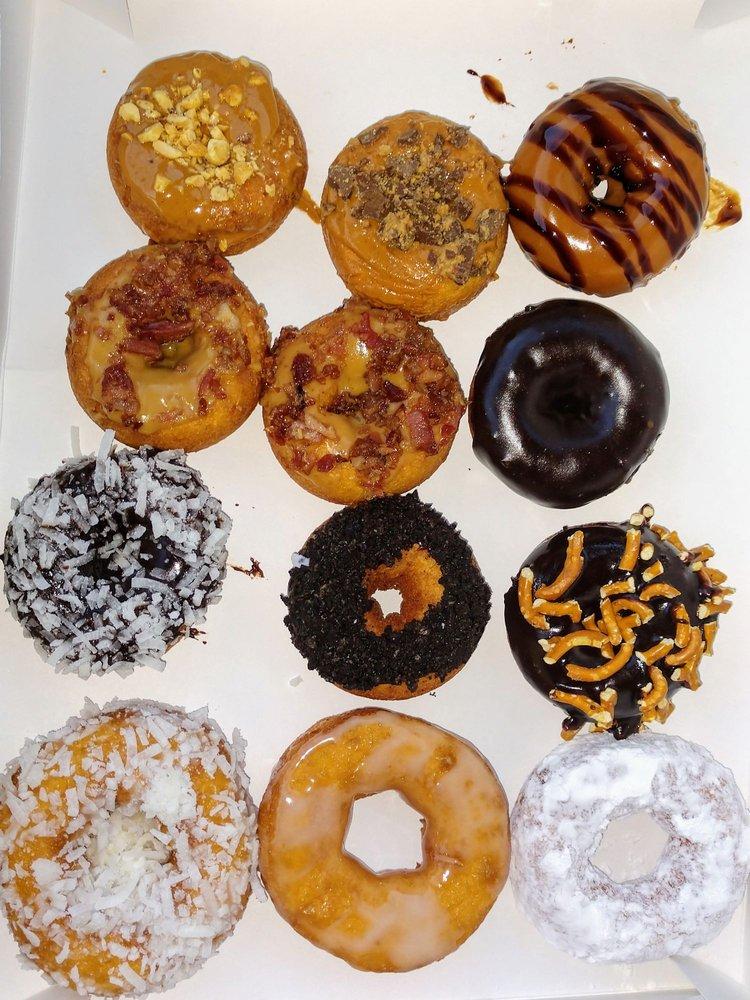 New Hampshire Doughnut: 2 Capital Plz, Concord, NH