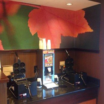 fairfield inn suites warner robins 52 photos hotels 221