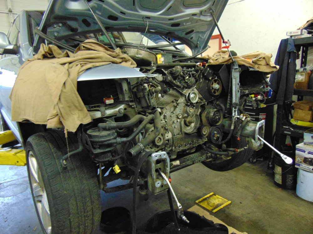 Rogue Automotive: 828 N Central Ave, Medford, OR