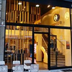 Sushi shop 19 photos 16 avis japonais 32 rue des for Restaurant miroir rue des martyrs