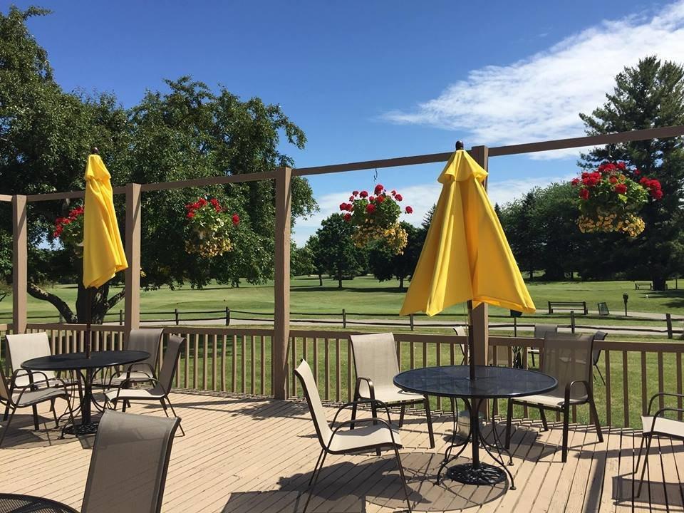 Creekside Bar & Grille: 9387 Gratiot Rd, Saginaw Charter Township, MI