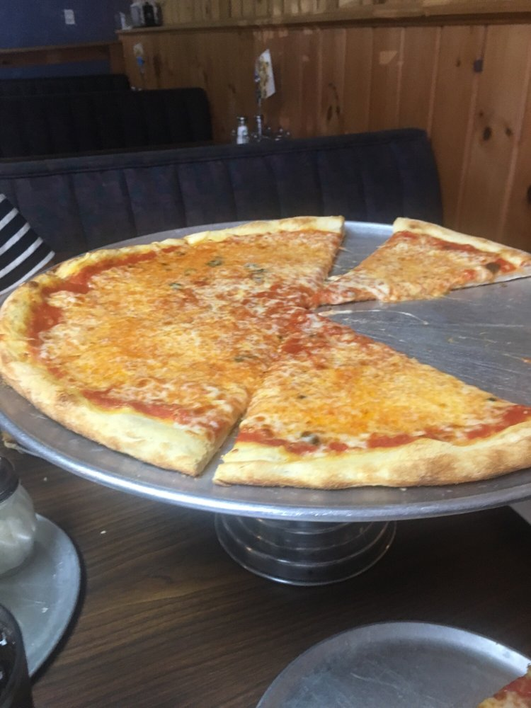 Pizza Leone: 1665 D Waynesboro Pike, Fairfield, PA