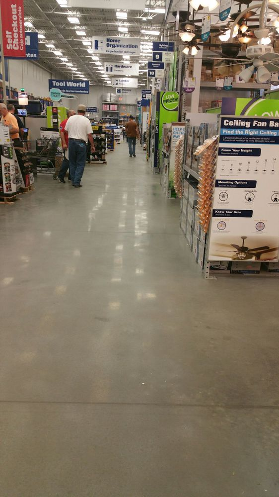 Lowe's : 1220 Knox Ave, North Augusta, SC