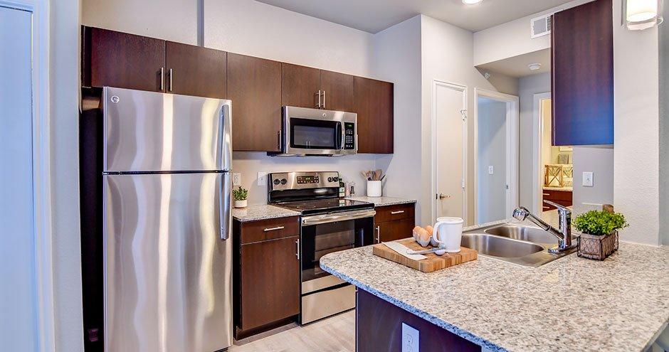 East Bank at Richwood Village Apartments: 100 Creekwood Landing Dr., Richwood, TX