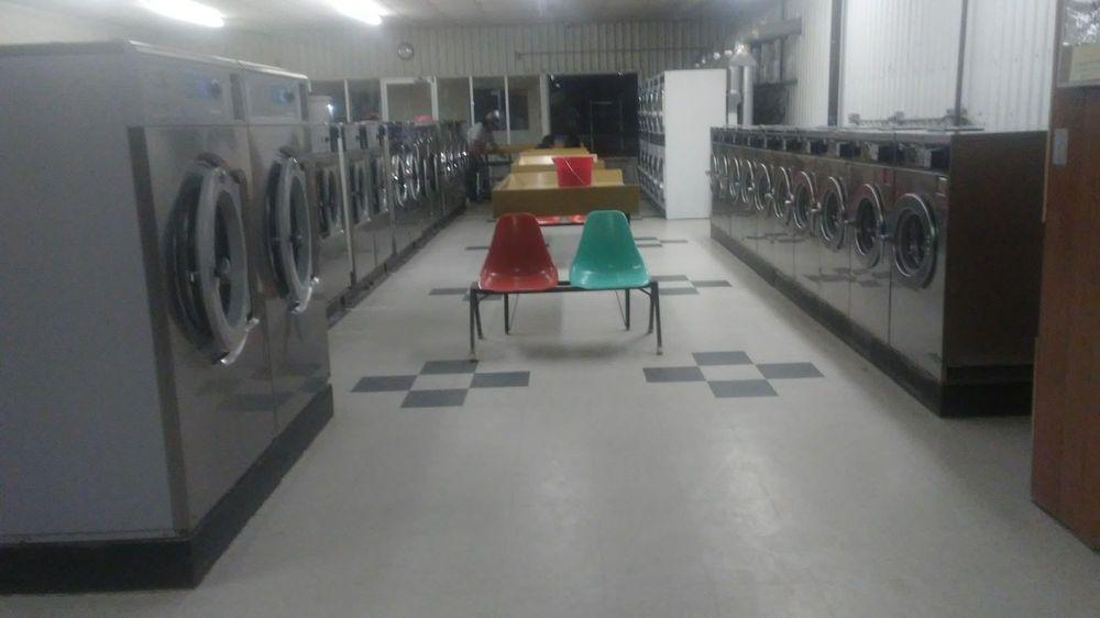 Cuba Laundry: 6355 Us-550, Cuba, NM