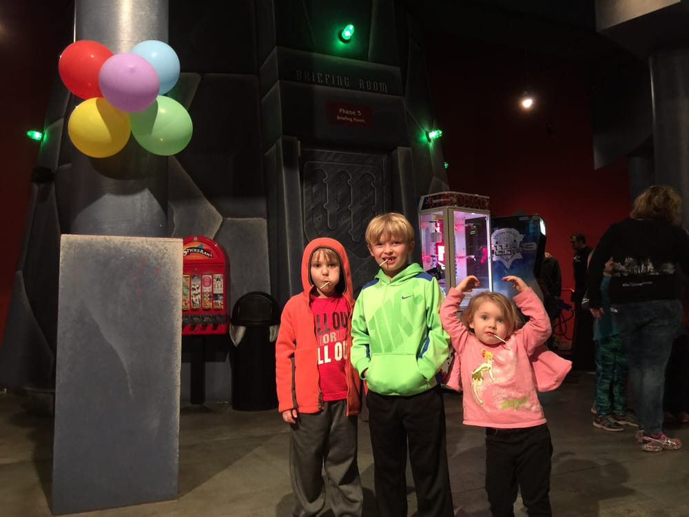 Laser Quest: 80 Brookmont Rd, Akron, OH