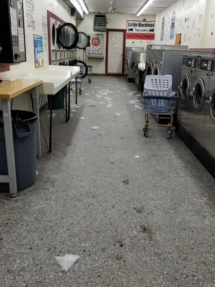Aqua Bright Laundromat: 2237 15th St, Troy, NY