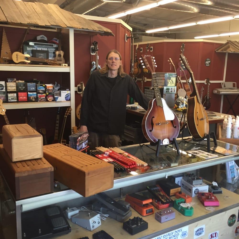 Woodshed Music: 129 North Main St, Nevada, MO