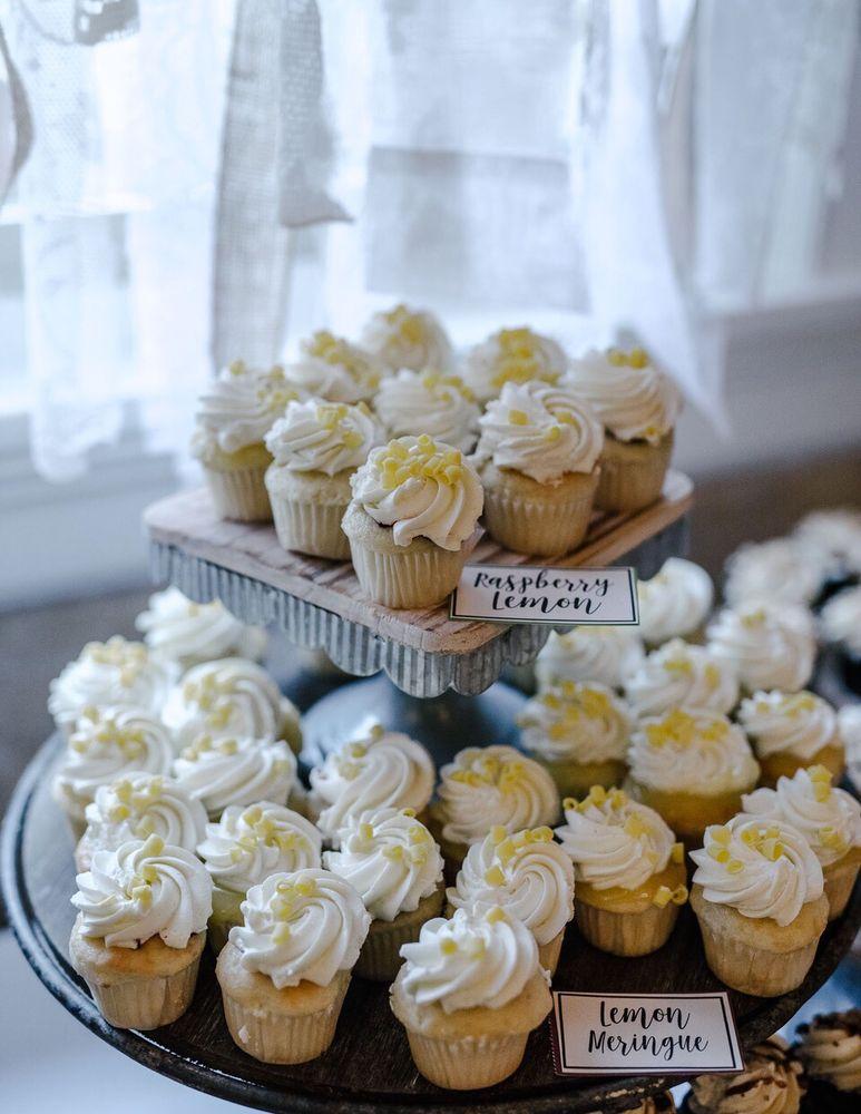 Gracene's Cupcake Boutique: 30800 3rd Ave, Black Diamond, WA