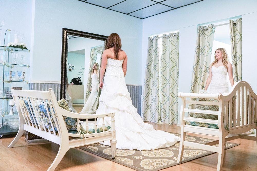Lovie's Recycled Weddings: 926 S Main St, Joplin, MO