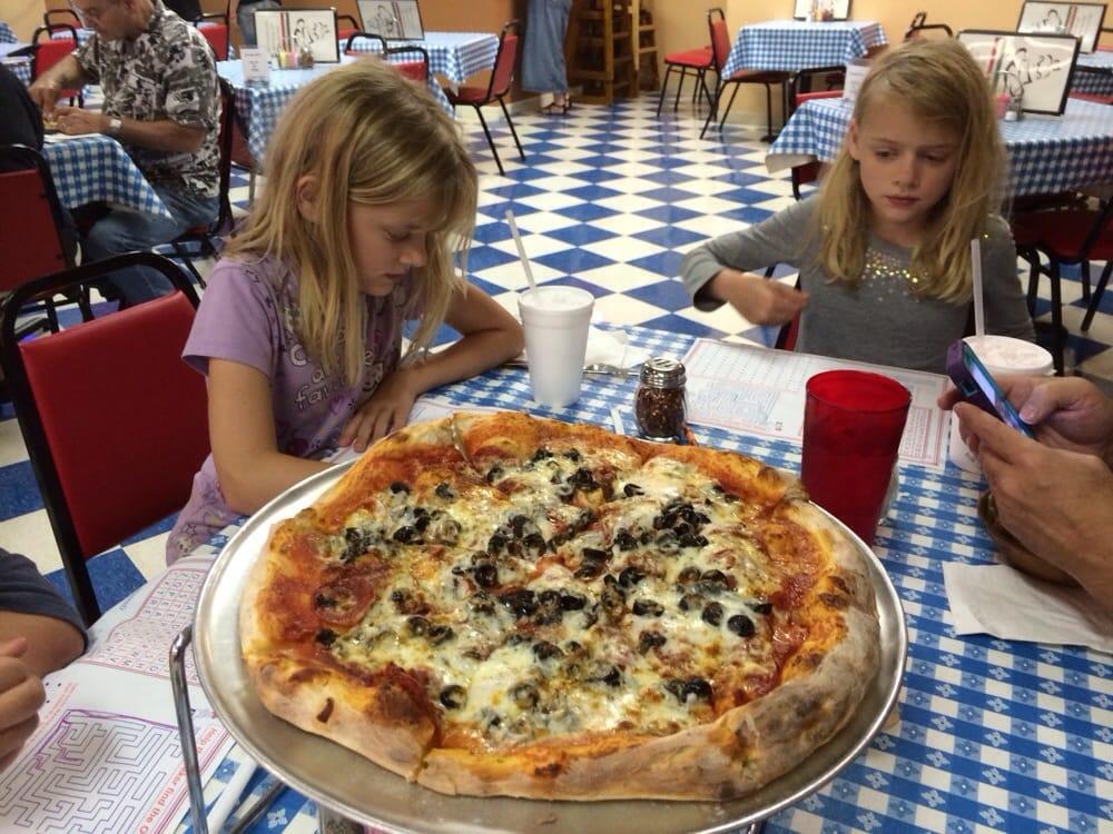 Billy's Italian: 4000 S Frontage Rd, Vicksburg, MS