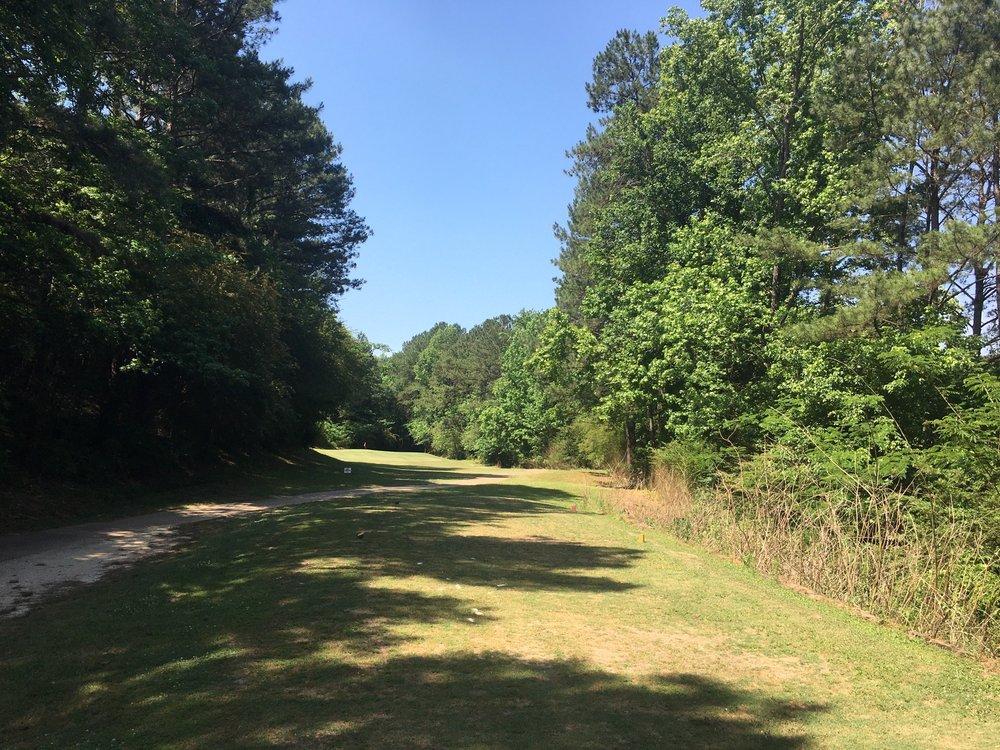 Mountain View Golf Course: 3200 Mountain View Dr, Graysville, AL