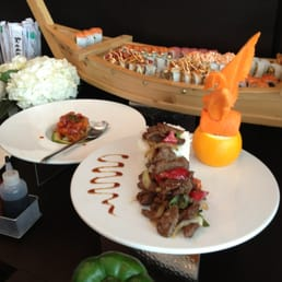 Nikko by sunshine 303 photos 241 avis cuisine fusion for 186 se 12th terrace