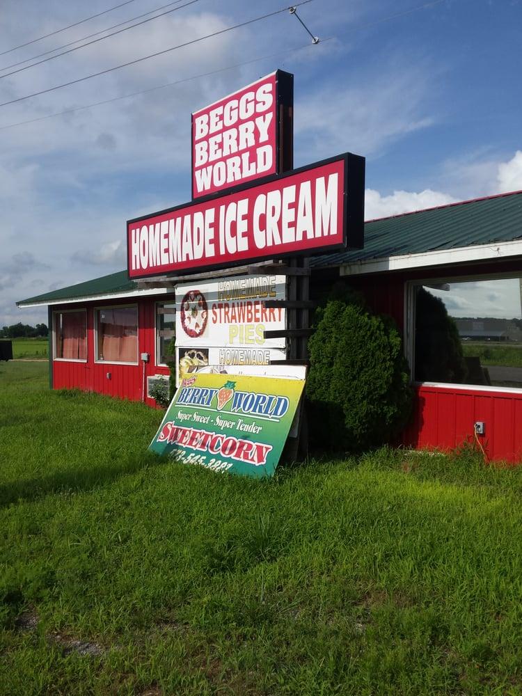 Beggs Berry World: 190 County Rd 332, Benton, MO