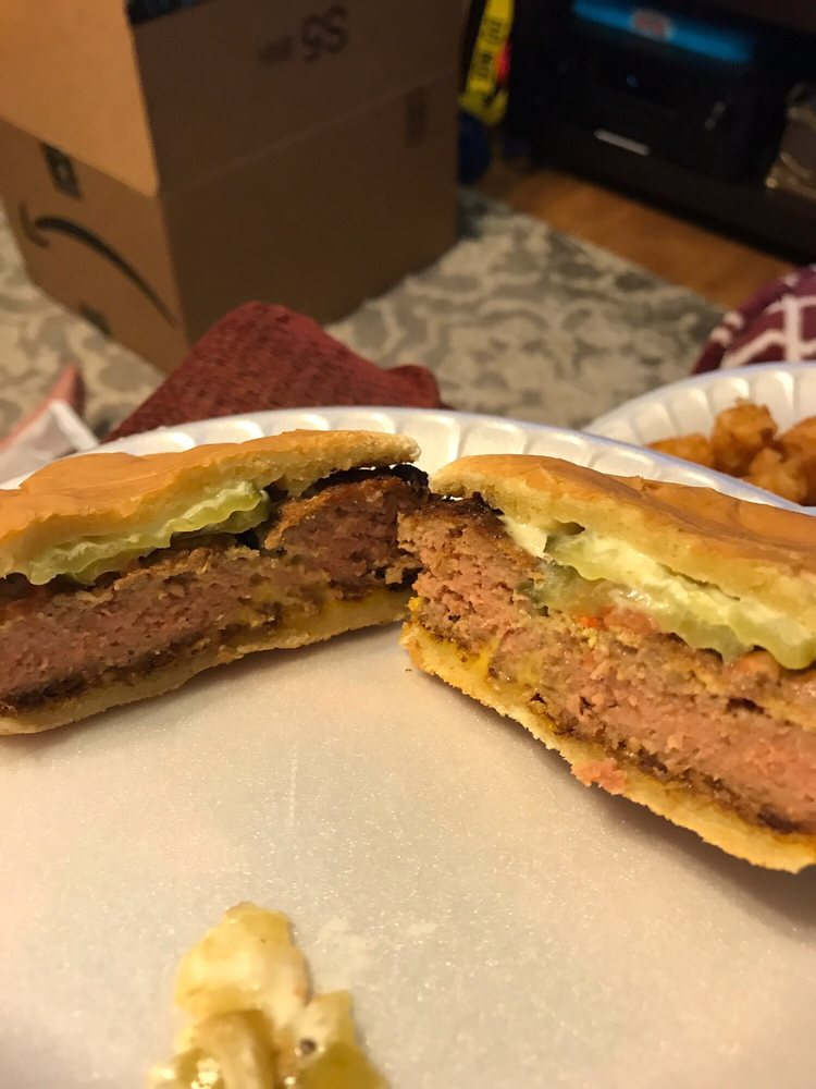 Joe's Sandwich Shop: 1633 W Vine St, Opelousas, LA