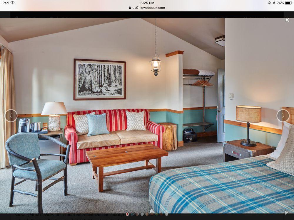 Evergreen Lodge Yosemite: 33160 Evergreen Rd, Groveland, CA