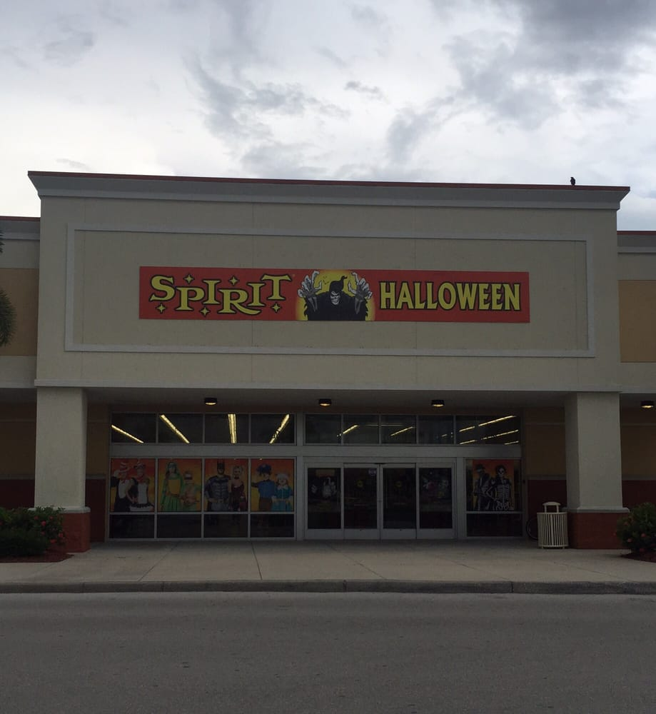 photos for spirit halloween store - yelp
